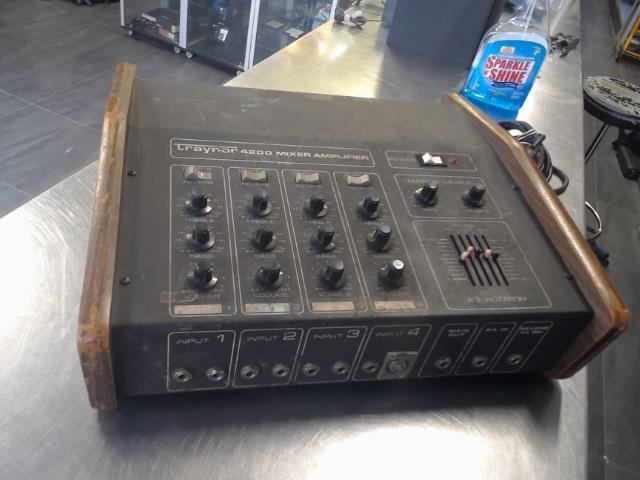 Console 4 in des 80' noir brun 4 omhz