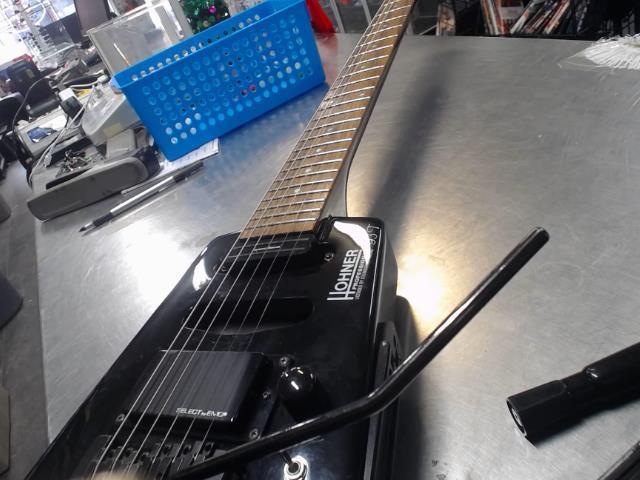 Honer g3t headless guitar black