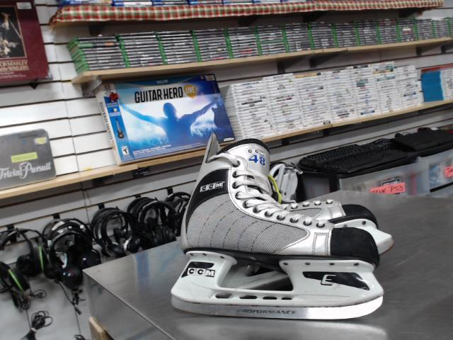 Paire patin glace(9 homme)