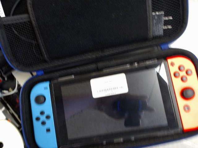 Switch + case + joycon
