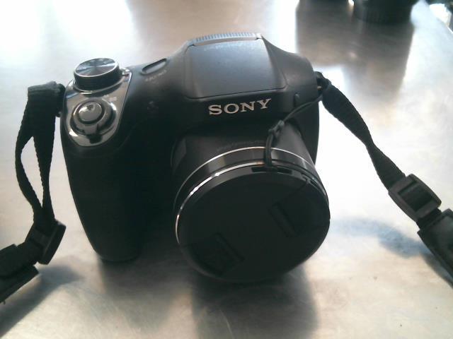 Sony cybershot 20.1 mega pixels