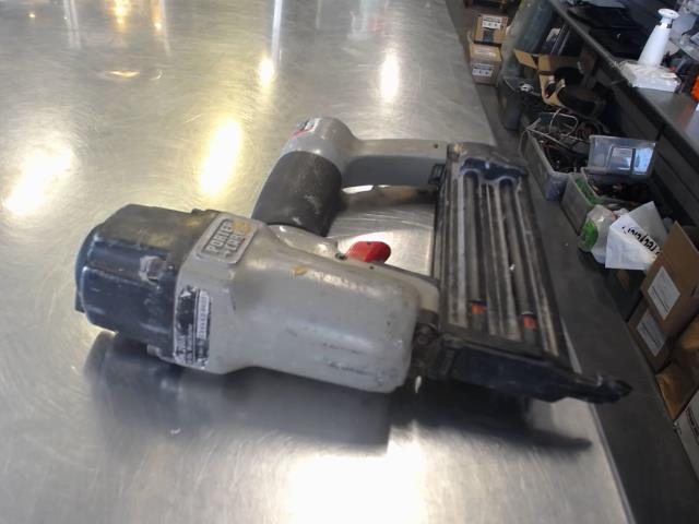 Cloueuse pneumatique 18 gauge