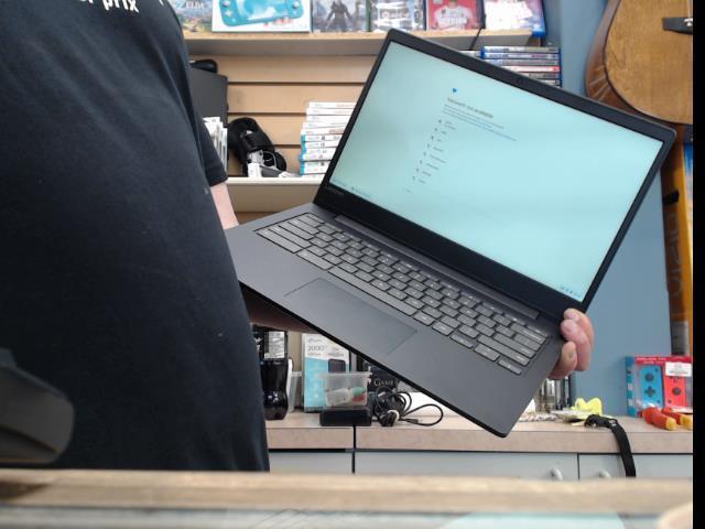 Lenovo chromebook good cond
