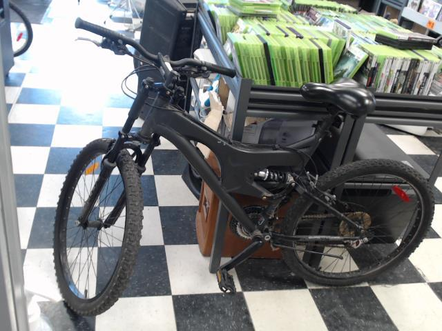 Bike blacked out alluminium