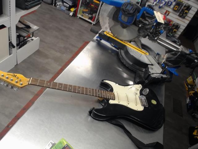 Er guitar elect robson strato ds case m