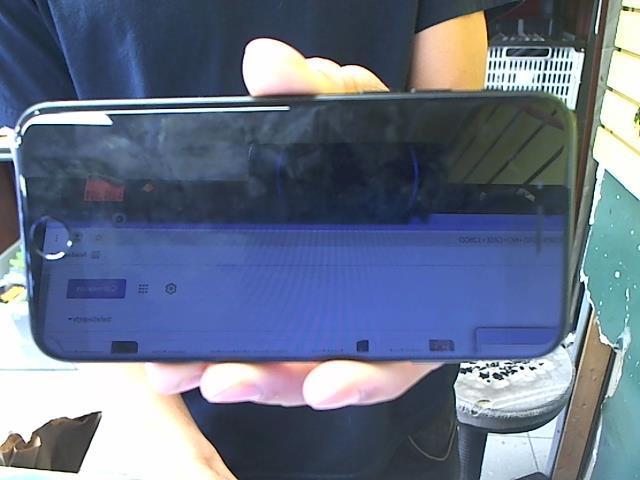 Iphone 7 noir/gris no case 128go