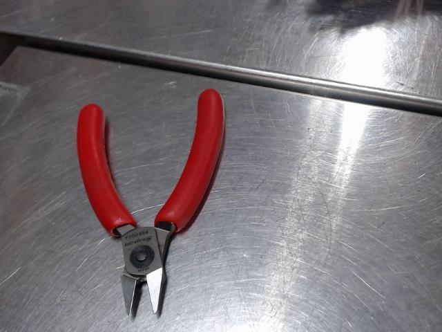 Paire cutter