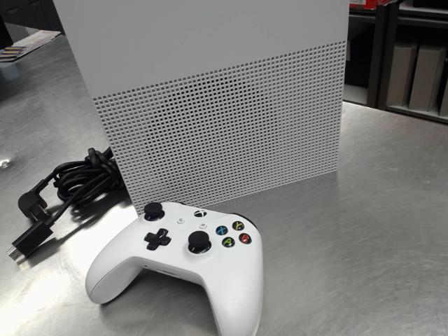 Console xbox one 1 tb av 1x man