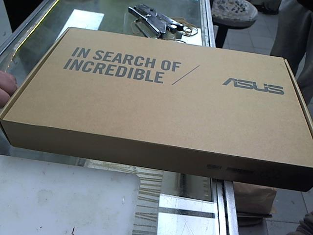 Portable in box neuf