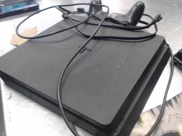 Playstation 4 + tc